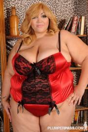 Free porn pics of BBW TIT 014 Anastasia Vanderbust 1 of 162 pics