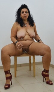 Free porn pics of Pierced fatty mature pissing 1 of 17 pics