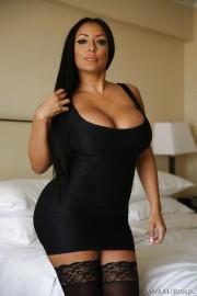 Free porn pics of Kiara Mia 1 of 16 pics
