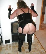 Free porn pics of mistresses 1 of 136 pics
