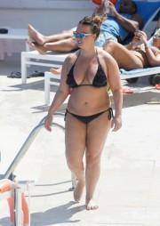 Free porn pics of >> Chanelle Hayes bikini fatty 1 of 20 pics
