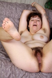 Free porn pics of Big, chunky, hairy fuckable Em 1 of 164 pics