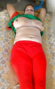 Free porn pics of Sexy Big Boob Indian Wife 1 of 11 pics