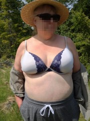 Free porn pics of Out for a drive in the forest 1 of 12 pics