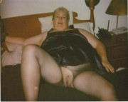 Free porn pics of fat wife exposed again 1 of 5 pics