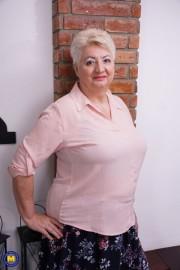 Free porn pics of BBW Granny Babet 1 of 29 pics