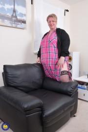 Free porn pics of Mature BBW Lesley 1 of 48 pics