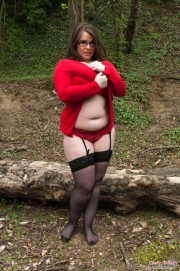 Free porn pics of Brunette BBW MILF - Sexy Stockings and HUGE Hanging Tits! 1 of 78 pics