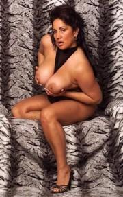 Free porn pics of Big mature tits selection 1 of 238 pics
